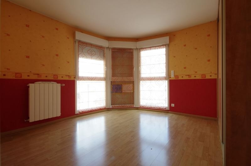 Sale apartment Montigny les metz 245 000€ - Picture 6