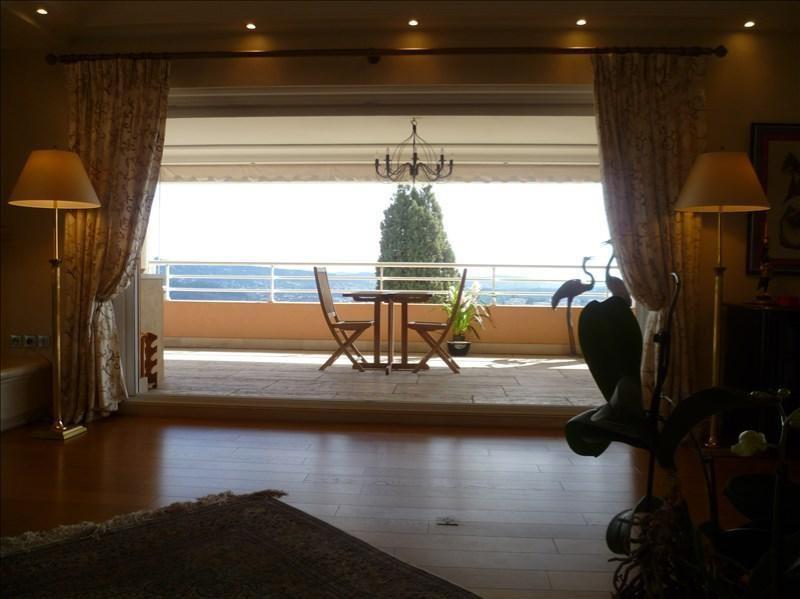 Vente de prestige appartement Grasse 990000€ - Photo 10