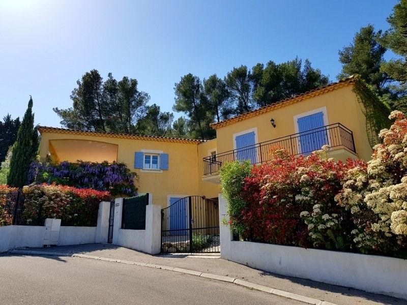 Sale house / villa Villeneuve les avignon 530000€ - Picture 1