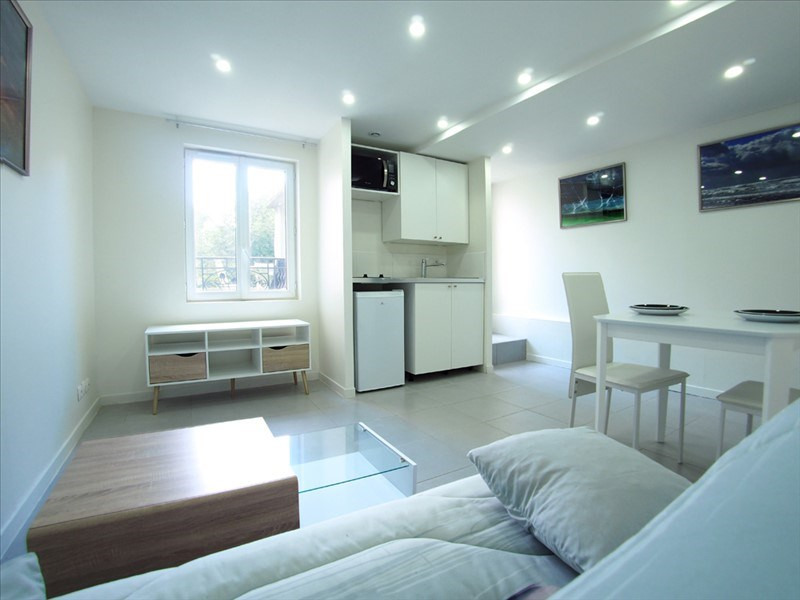 Location appartement Clamart 940€ CC - Photo 3