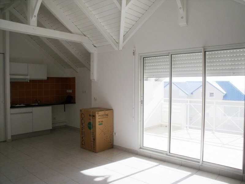 Rental apartment St claude 522€ CC - Picture 2
