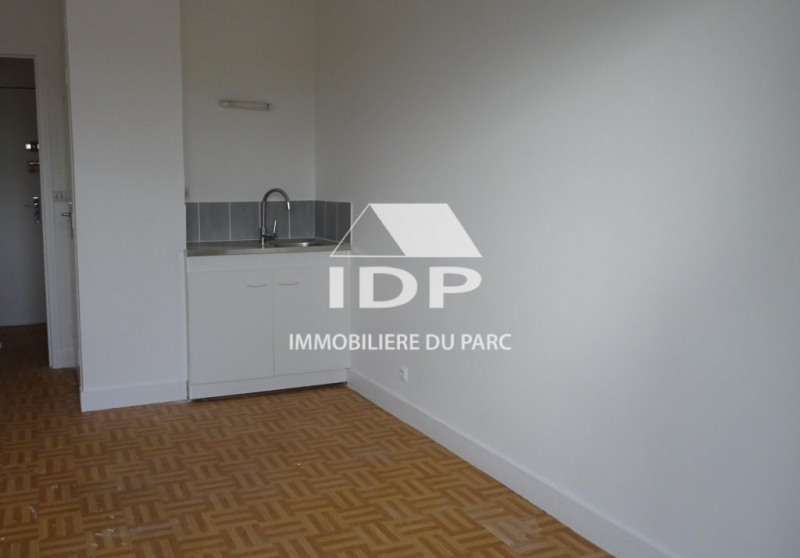 Location appartement Corbeil-essonnes 475€ CC - Photo 2