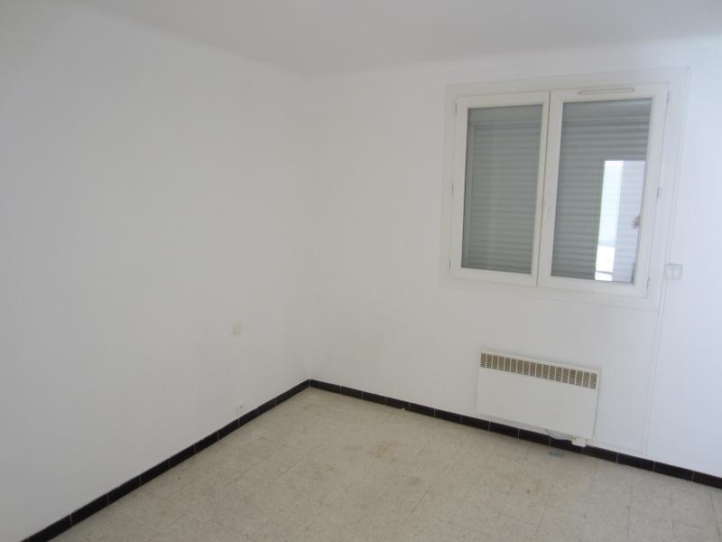 Rental apartment La seyne sur mer 639€ CC - Picture 5