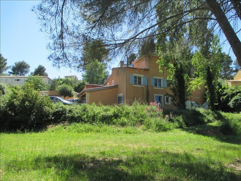 Deluxe sale house / villa Velaux 586000€ - Picture 1