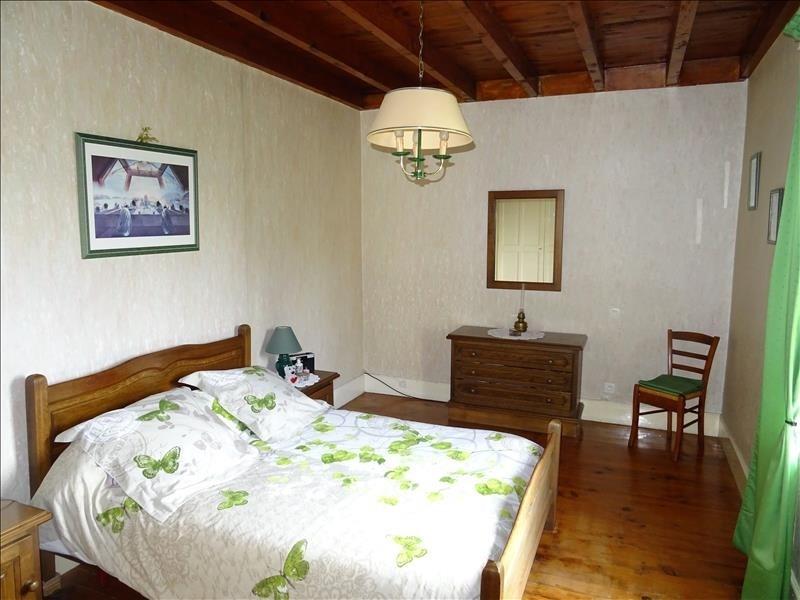 Sale house / villa Eyzin pinet 225000€ - Picture 5