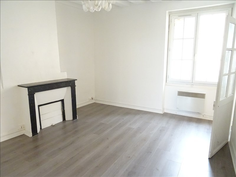 Location appartement Marly le roi 740€ CC - Photo 1