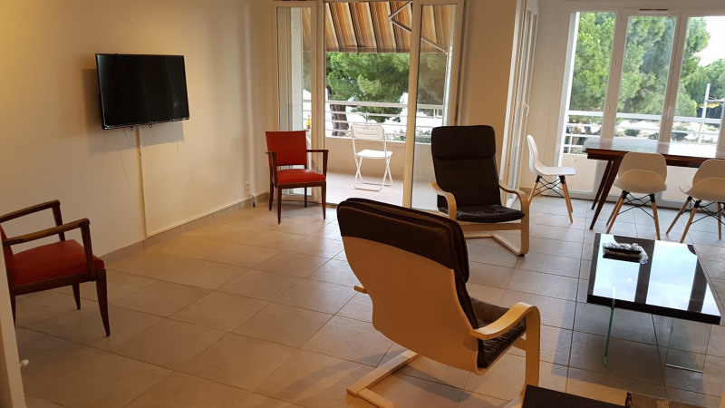 Vacation rental apartment Bandol 652€ - Picture 3