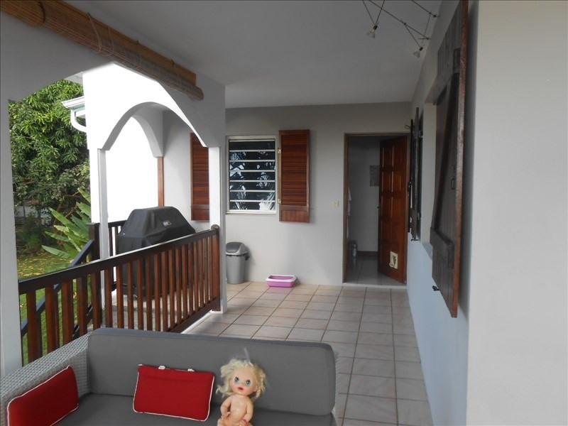 Investment property house / villa St claude 390 000€ - Picture 3
