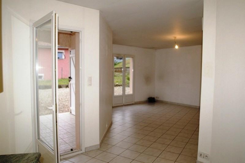 Location maison / villa Nivolas-vermelle 950€ +CH - Photo 2