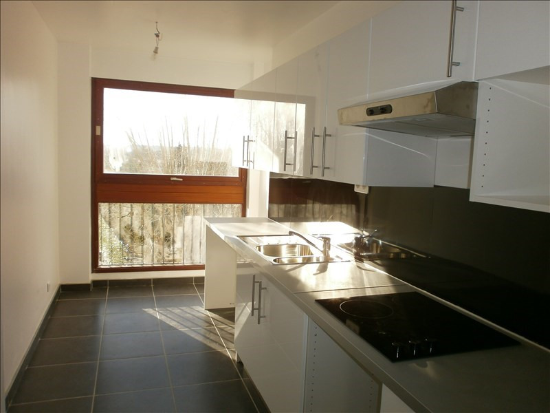 Location appartement Le chesnay 1145€ CC - Photo 2