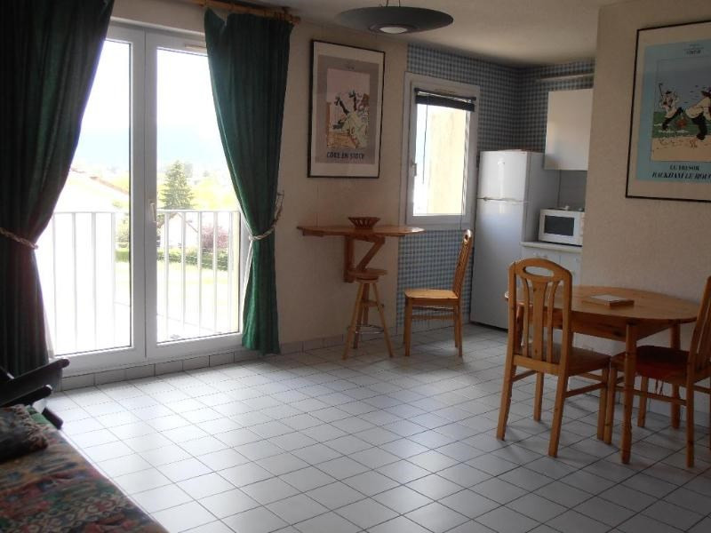 Location appartement Oyonnax 396€ CC - Photo 1