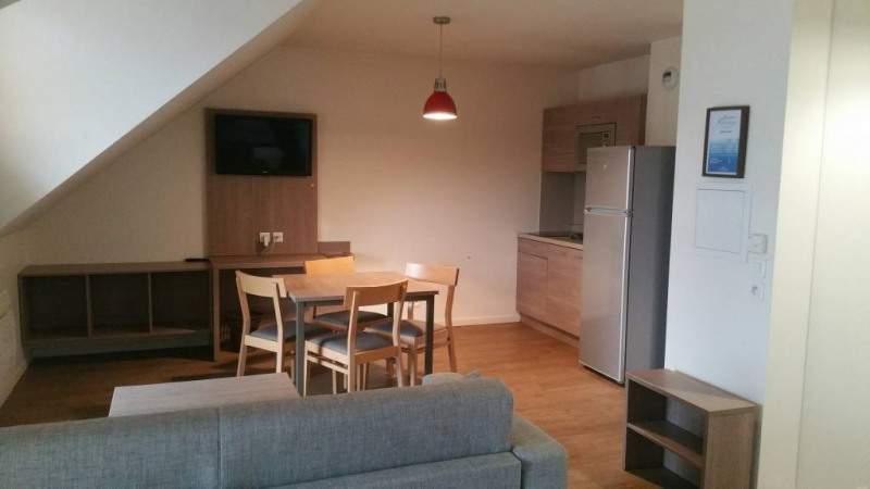 Rental apartment Avrainville 1 080€ CC - Picture 3