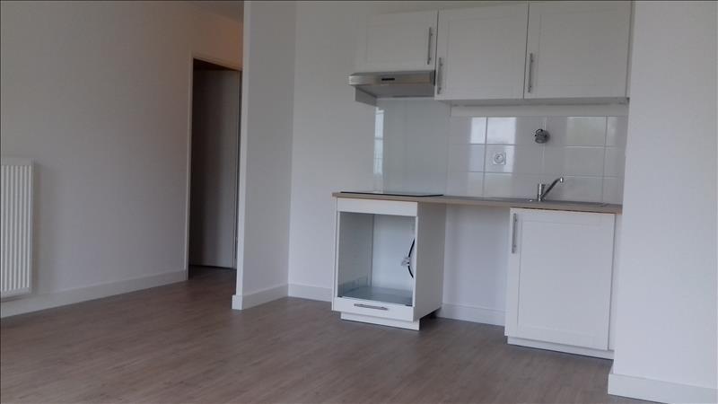 Location appartement Villenave d ornon 840€ CC - Photo 2