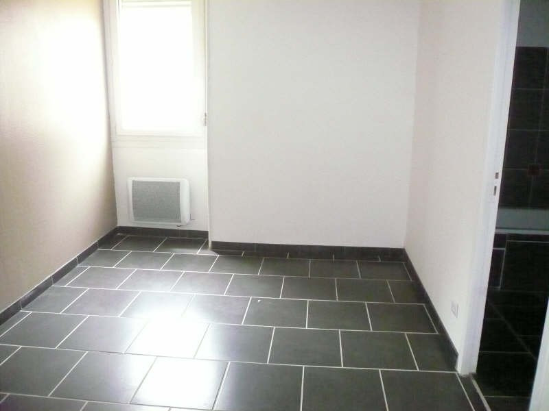 Rental apartment Nimes 720€ CC - Picture 6