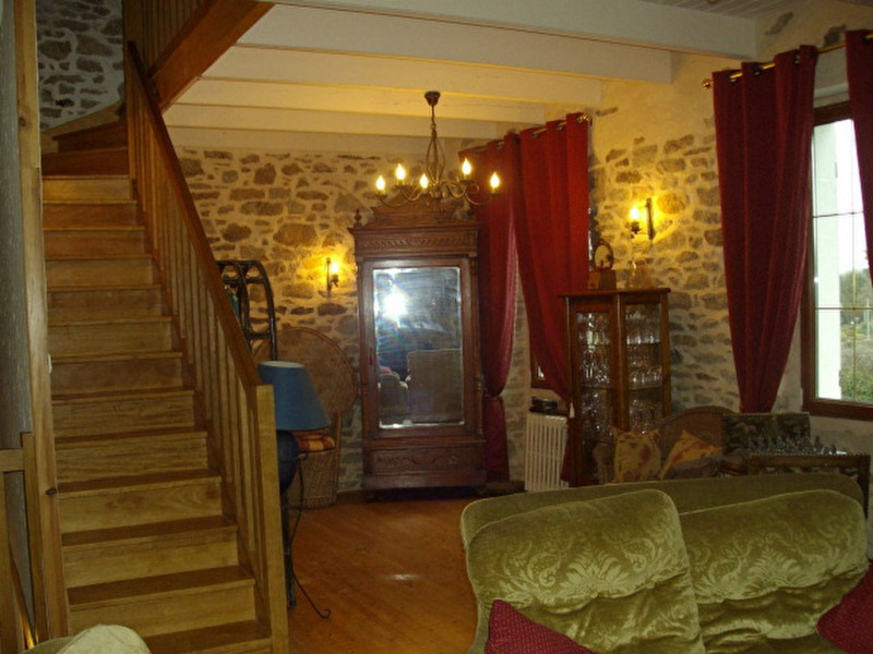 Location maison / villa Plouarzel 470€ CC - Photo 4