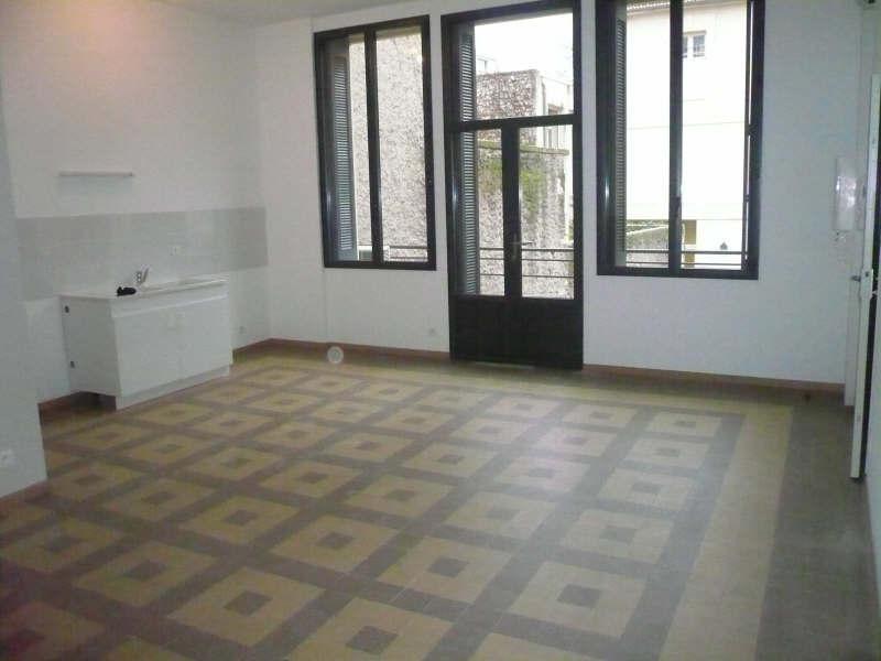 Location appartement Nimes 390€ CC - Photo 1