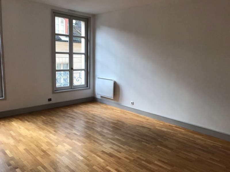 Location appartement St germain en laye 1 990€ CC - Photo 1