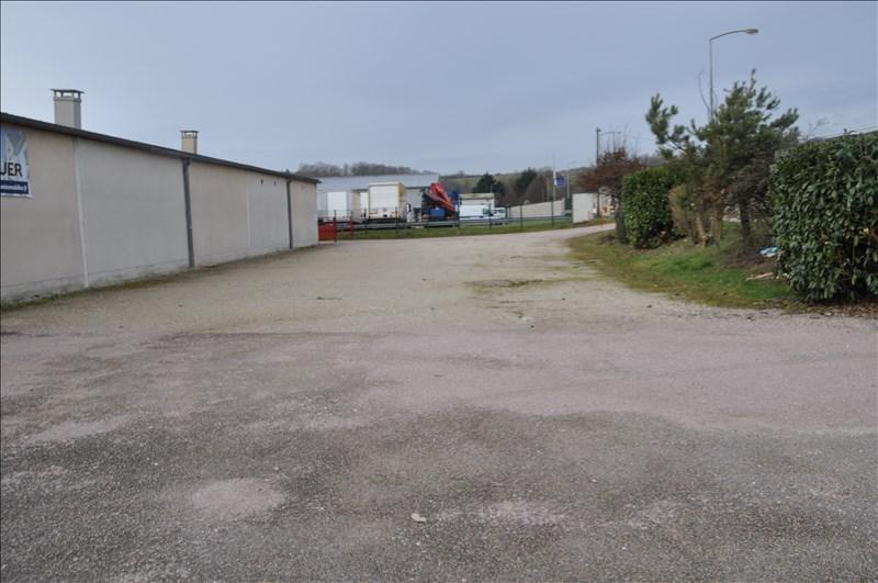Location local commercial Moneteau 4000€ +CH/ HT - Photo 2