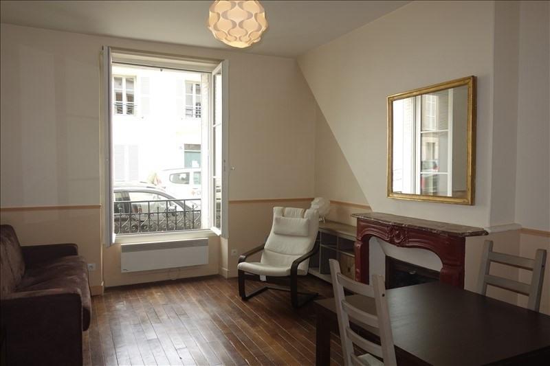 Rental apartment Versailles 795€ CC - Picture 2