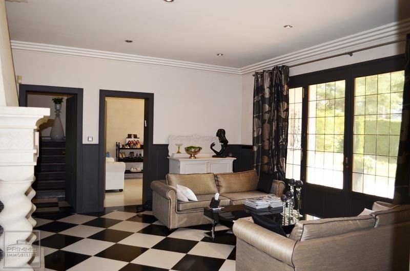 Deluxe sale house / villa Charbonnieres les bains 980000€ - Picture 5