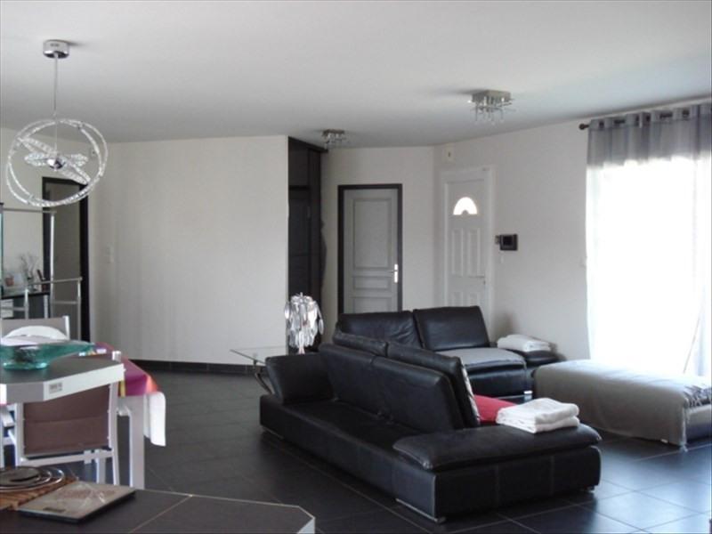 Sale house / villa Brach 336000€ - Picture 4