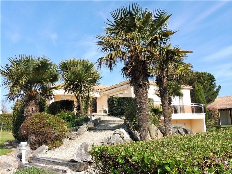 Deluxe sale house / villa Vaux sur mer 840000€ - Picture 1