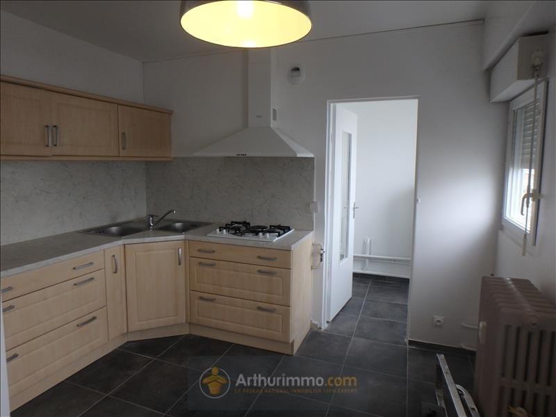 Rental apartment Bourg en bresse 710€ CC - Picture 1