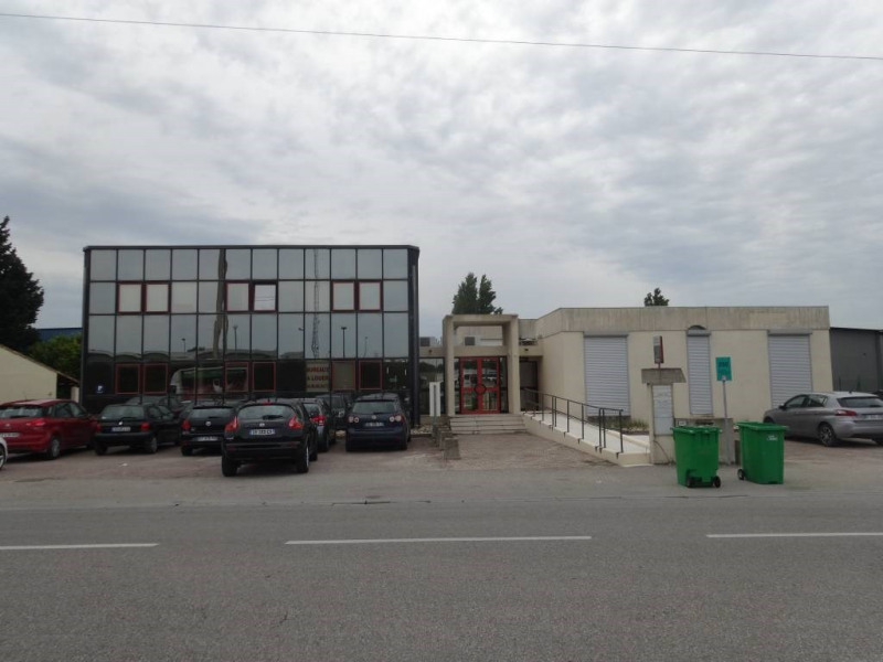 Rental office Avignon 1 913€ CC - Picture 2