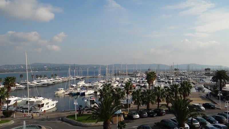 Vacation rental apartment Cavalaire sur mer 900€ - Picture 3