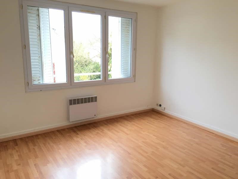 Location appartement Le chesnay 780€ CC - Photo 1