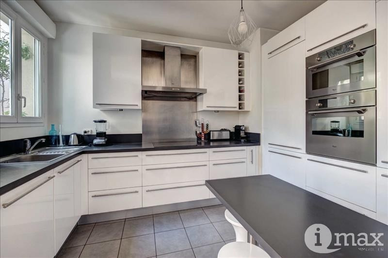 Vente de prestige appartement Courbevoie 1065000€ - Photo 5