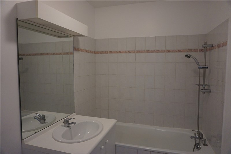 Location appartement Noisy le grand 660€ CC - Photo 5