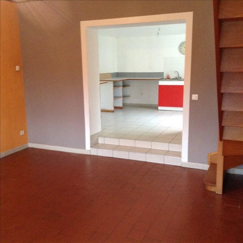 Rental house / villa Homblieres 805€ CC - Picture 4