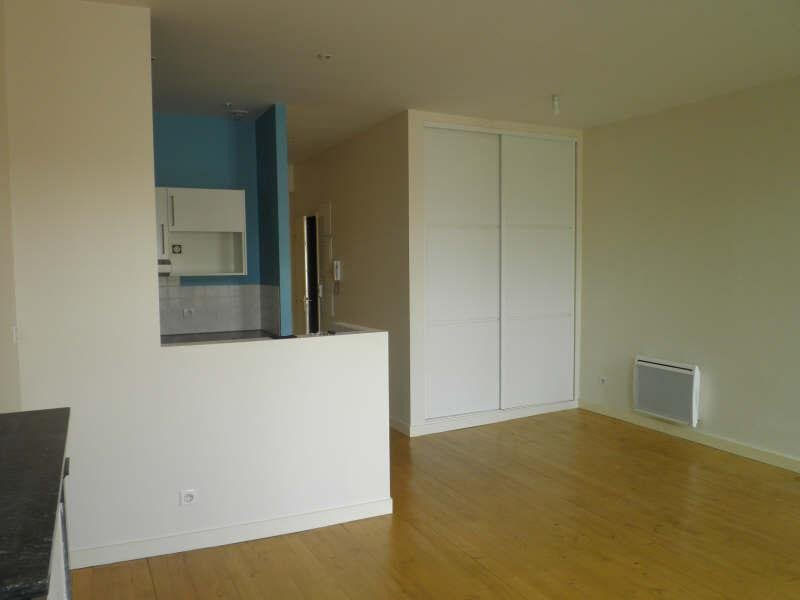 Rental apartment Angoulême 483€ CC - Picture 3