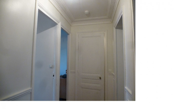 Location appartement Paris 20ème 1 230€ CC - Photo 1