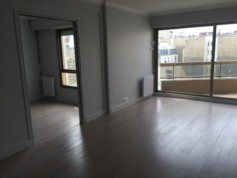 Rental apartment Paris 17ème 1705€ CC - Picture 2