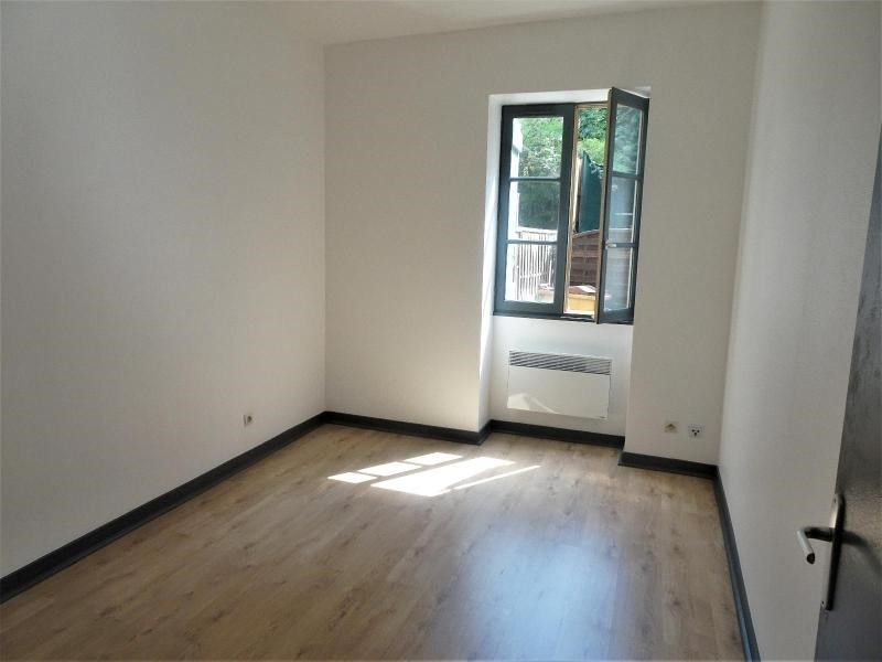 Location appartement Gleize 354€ CC - Photo 1