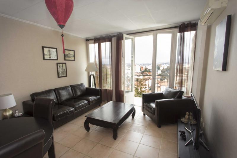 Sale apartment Villefranche-sur-saône 164000€ - Picture 2