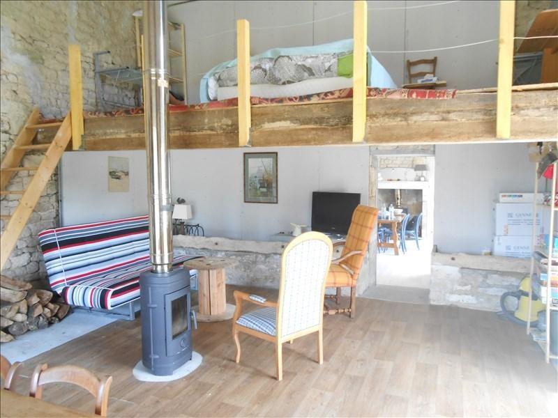 Sale house / villa Aulnay 89700€ - Picture 2