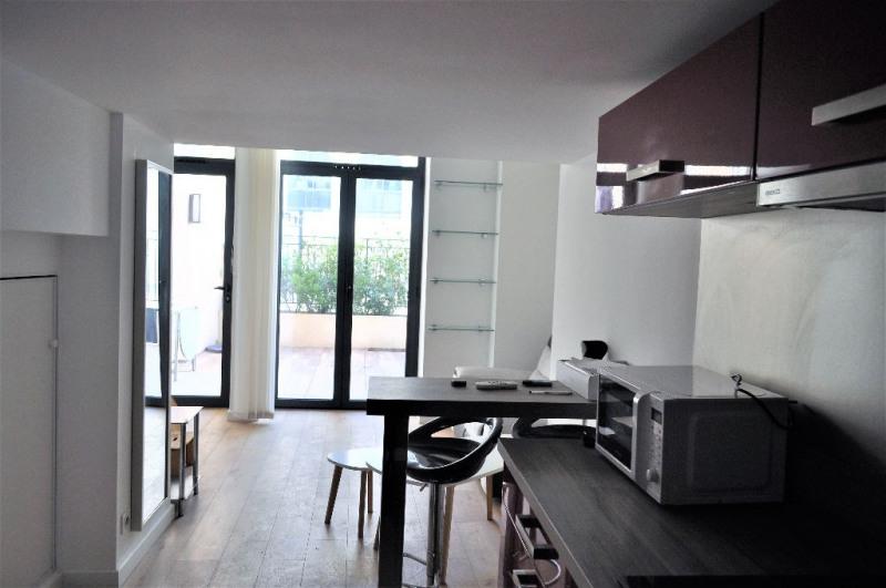 Locação apartamento Nice 875€ CC - Fotografia 9