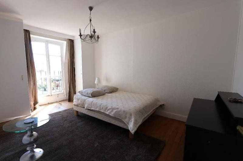 Location appartement Paris 8ème 3 900€ CC - Photo 9