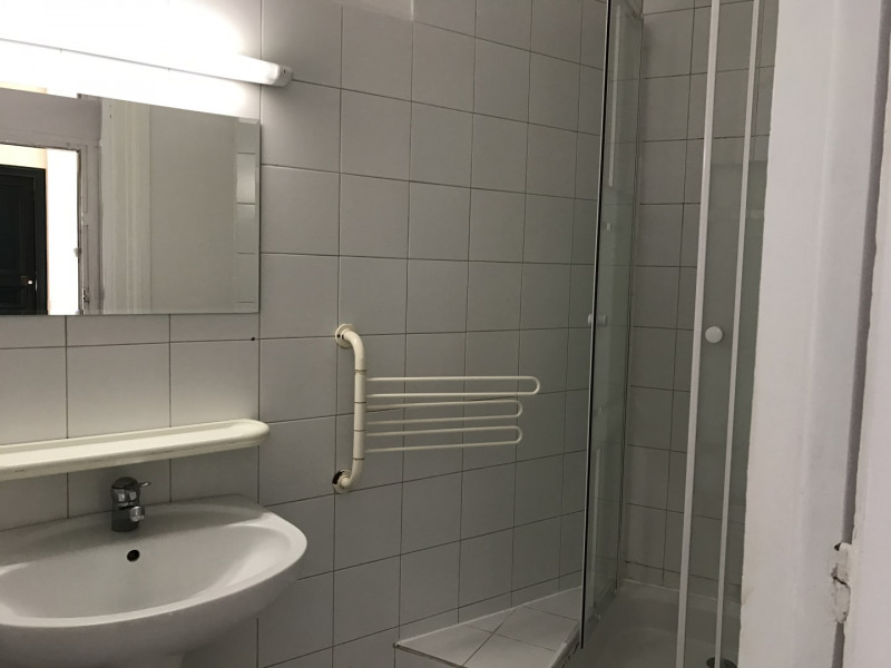Location appartement Levallois-perret 1 520€ CC - Photo 5