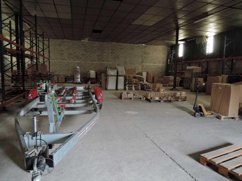 Location Local d'activités / Entrepôt Presles-en-Brie 0