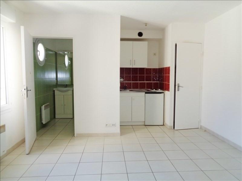 Location appartement Toulon 330€ CC - Photo 2
