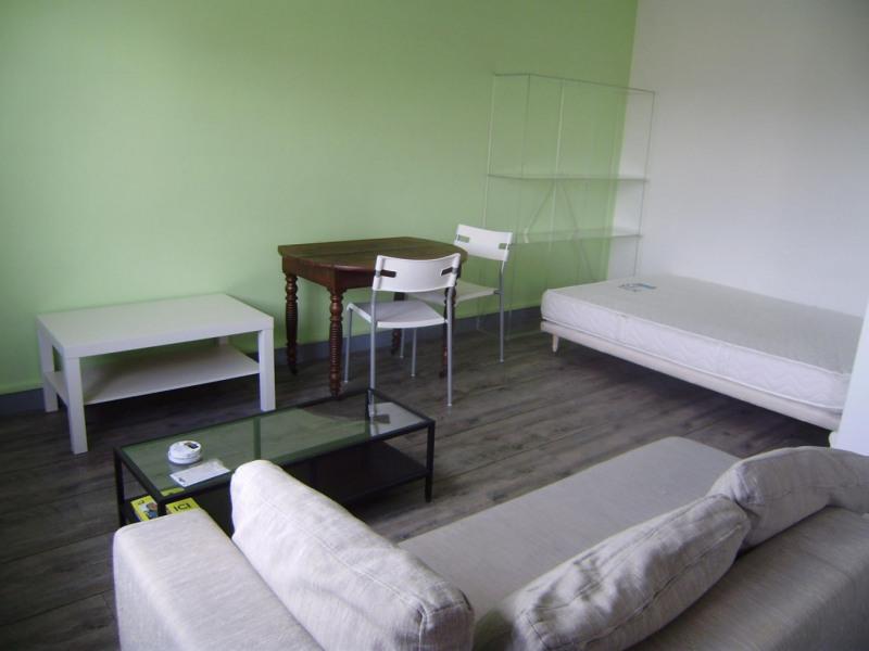 Rental apartment Châlons-en-champagne 369€ CC - Picture 2