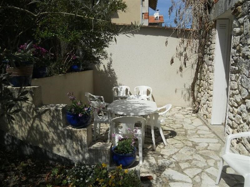 Vacation rental house / villa Royan 786€ - Picture 15