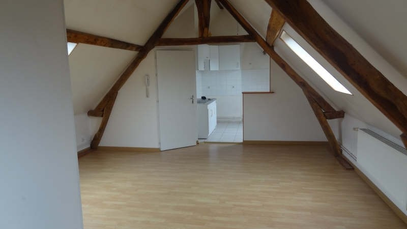 Rental apartment Saint quentin 495€ CC - Picture 3