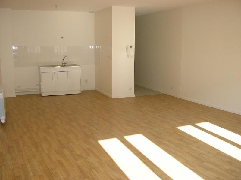 Location appartement Nantua 498€ CC - Photo 1