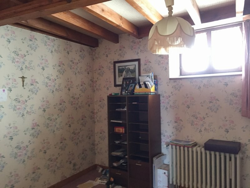 Sale house / villa St martin la plaine 130000€ - Picture 5