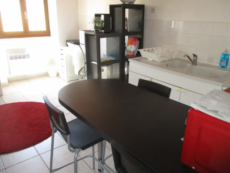 Location appartement Nimes 355€ CC - Photo 3